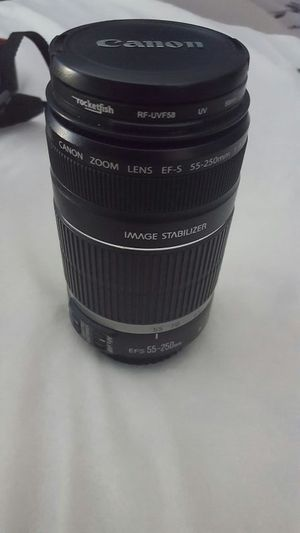 Efs 55-250 mm canon lense for Sale in Urbancrest, OH