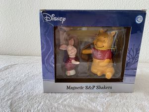 Disney Pooh and piglet magnetic salt & pepper shakers for Sale in New Port Richey, FL