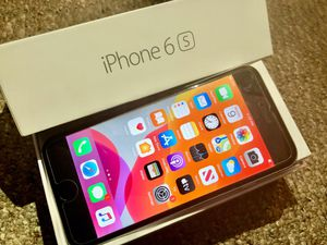 Perfect condition iPhone 6s 32 GB unlocked for T-Mobile MetroPCS AT&T cricket for Sale in Santa Ana, CA