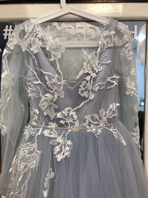 Handmade wedding dress (Size 2-4) for Sale in Germantown, MD