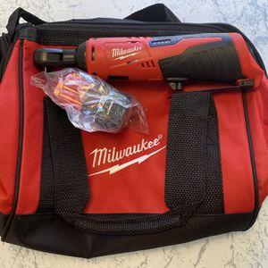 Milwaukee M12 3/8 Ratchet, Battery & Bag for Sale in Boca Raton, FL