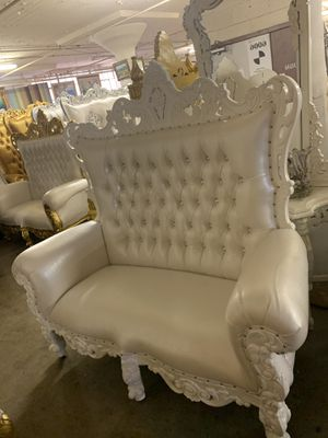 Beautiful throne loveseat.$1800. Best offer for Sale in Brooklyn, NY