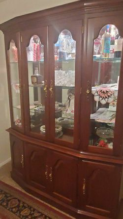 China Cabinet for Sale in Glen Burnie,  MD