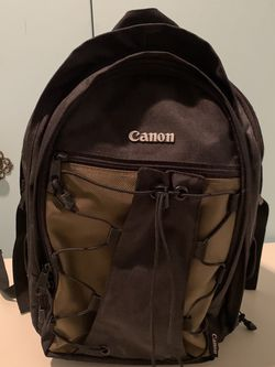 Canon Deluxe Photo Backpack for Sale in Los Angeles,  CA