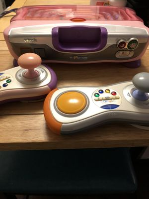 VTech V.Smile V-Motion Active Learning System and Games for Sale in Bloomington, IL