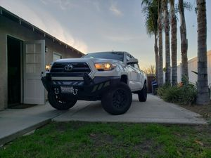 Toyota Tacoma- Like New for Sale in La Mesa, CA
