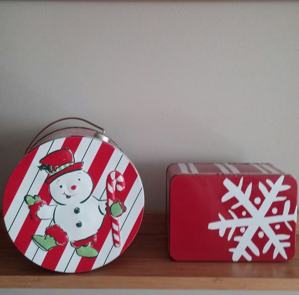 Christmas Gift Containers/Total Of 12