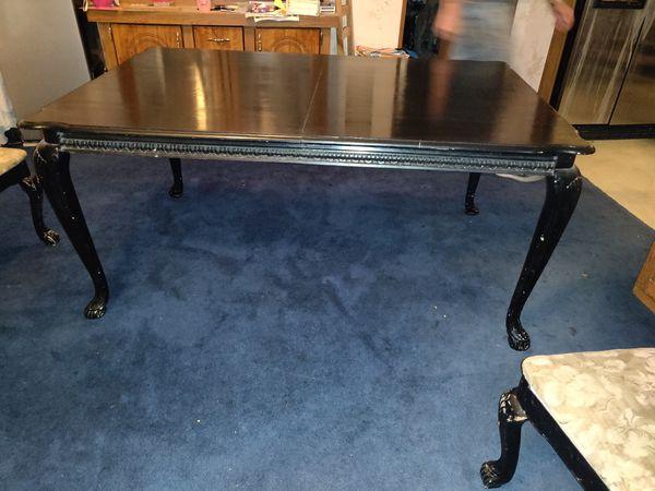 Kitchen table $35