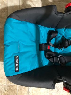 Graco infant car seat rarely used for Sale in Bellevue, WA