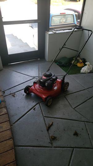 Murray Lawn Mower for Sale in Tarpon Springs, FL