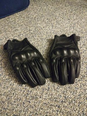 Black motorcycle gloves for Sale in Monterey Park, CA