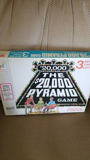 $20,000 Pyramid board game.3rd edition for Sale in Washington, PA