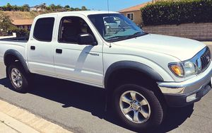2003 Toyota Tacoma 2.7 LITER AUTOMATIC for Sale in South El Monte, CA