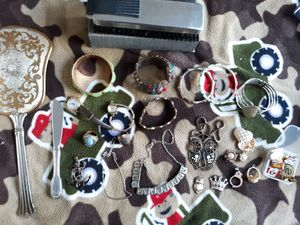 Beautiful vintage jewelry/miscellaneous collectables & accessories for Sale in Upland, CA
