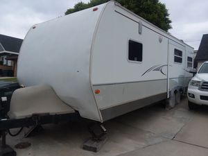 Travel trailer 2007 Keystone OutBack KARGOROO Speical Edition 27ft Extended for Sale in Buena Park, CA