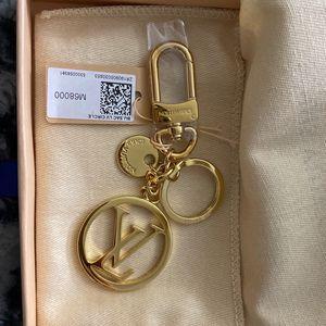 Louis Vuitton key chain for Sale in Santa Rosa, CA
