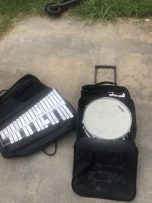 Snare drum set w/bells for Sale in Lithonia, GA