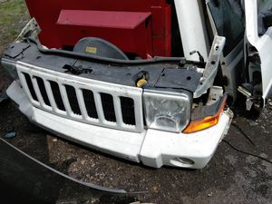 08 Jeep commander parts for Sale in Detroit, MI