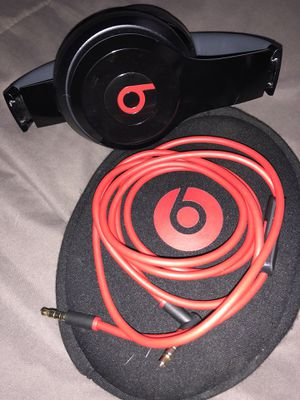 Beats Solo for Sale in Pittsburgh, PA
