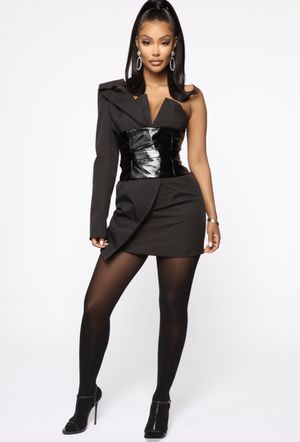 FASHION NOVA ONE SHOULDER BLAZER DRESS SIZE SMALL for Sale in Los Angeles, CA