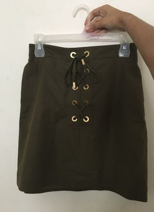 Michael Kors small olive lace up skirt (new) for Sale in Severn, MD