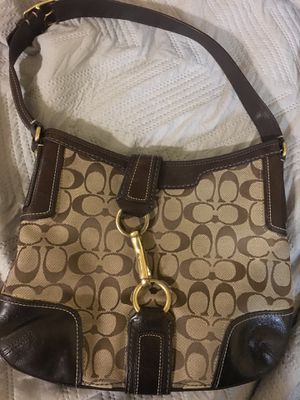 Coach Signature Bag for Sale in Clearwater, FL