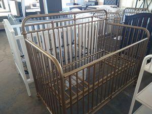 Gold convertible crib for Sale in Dallas, TX