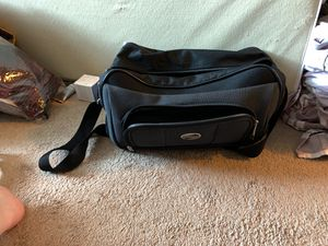 Classic gym duffle bag for Sale in Everett, WA