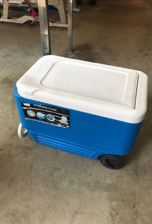 Cooler for Sale in La Habra Heights, CA