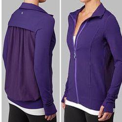 Lululemon Tadasana Jacket Size 8 for Sale in Houston,  TX