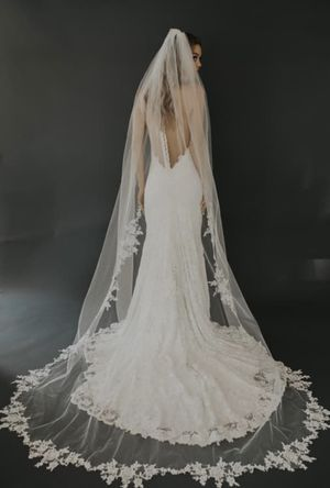 Never used cathedral length veil by untamed petals for Sale in West Bloomfield Township, MI