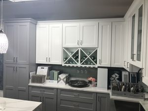 Kitchen cabinets for Sale in Ellicott City, MD