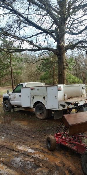 2001 Chevy 3500 service truck for Sale in Boiling Springs, SC