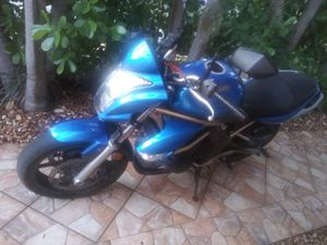 2009 Kawasaki ER 6N 650cc same as Ninja for Sale in Miami, FL