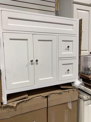 "36"" White Bathroom Vanity Single Sink Cabinet New for Sale in Fairfax, VA"