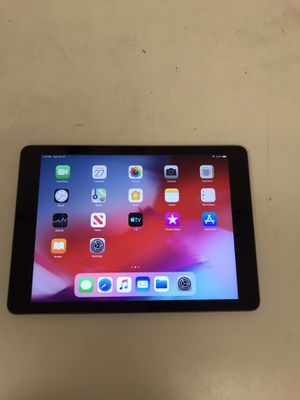 Apple ipad mini 2nd gen 32gb wifi unlock with charger for Sale in Houston, TX