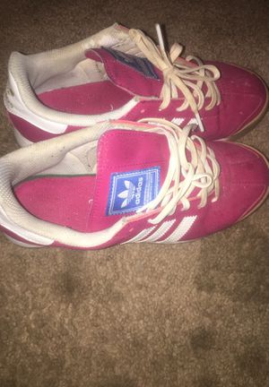 Adidas sz 5 1/2 for Sale in Riverdale, GA