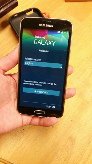 Samsung Galaxy s5 for Sale in Milton, PA
