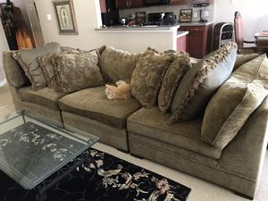 Elegant couch & pillows for Sale in Houston, TX
