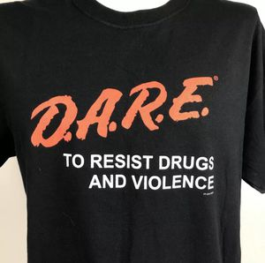 D.A.R.E Dare To Resist Drugs & Violence Men's LARGE T-shirt Tee for Sale in Minneapolis, MN
