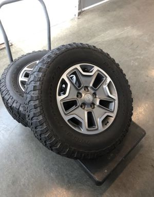 Jeep rubicon 2018 rims/wheels bfgoodrich mud terain tires for Sale in Hawthorne, CA