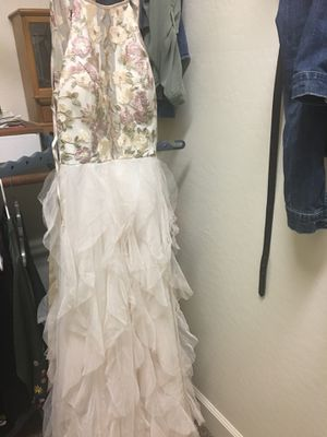 Macy's prom or homecoming dress sz 11 for Sale in Gilbert, AZ