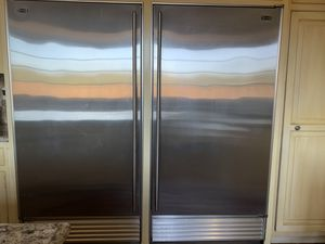 Subzero, series 601F and 601R 36-inch built-in fridge and freezer for Sale in Los Angeles, CA
