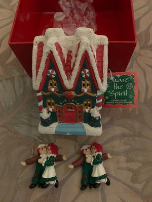1998 Collectible Raggedy Ann and Andy Christmas Tree Figurines/ Decorations with Christmas candle house. for Sale in Chandler, AZ