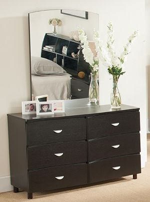 Dresser, Red Cocoa **Mirror not Included** for Sale in Bell Gardens, CA