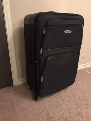 Like new- Large suitcase for Sale in McLean, VA
