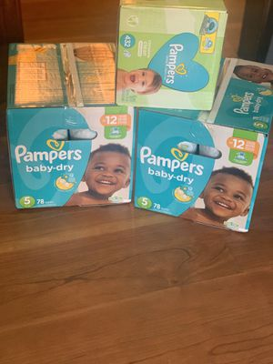 2 boxes pampers diapers and 6 pack of wipes for Sale in Copley, OH