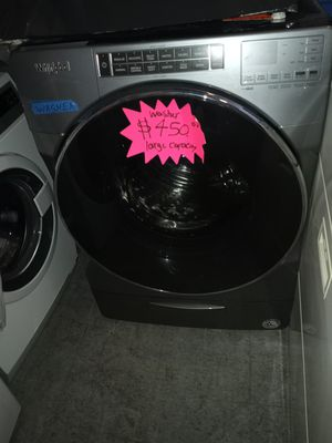 WHIRLPOOL FRONT LOAD WASHER WORKING PERFECT W/4 MONTHS WARRANTY for Sale in Baltimore, MD