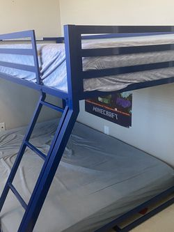 Metal Twin Over Full Bunk bed with twin matress for Sale in San Diego,  CA