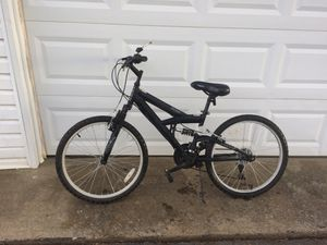 Mountain bike for Sale in Murfreesboro, TN